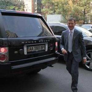 Озброєні люди влаштували конфлікт з охороною в громадській приймальні Борислава Берези - Цензор.НЕТ 9119