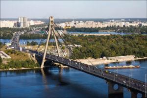 Московській міст у Києві