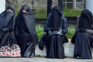 В Австрії заборонили носити паранджу
