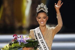 Міс Всесвіт-2017 Демі-Лі Нель-Пітерс