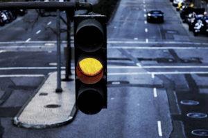 жовтий сигнал світлофора
