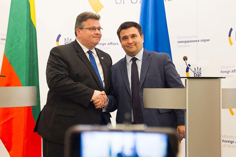 Глави МЗС України та Литви наполягають на посиленні санкційного тиску на Кремль