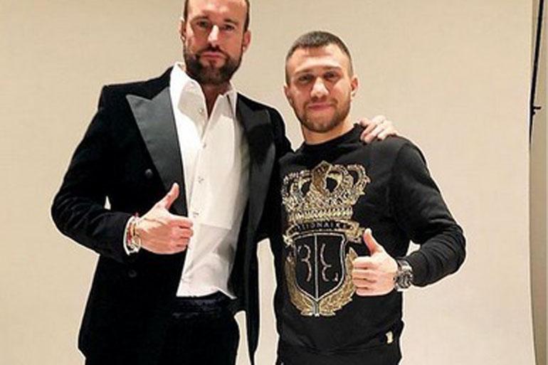 Ломаченко вразив вболівальників стильним виглядом