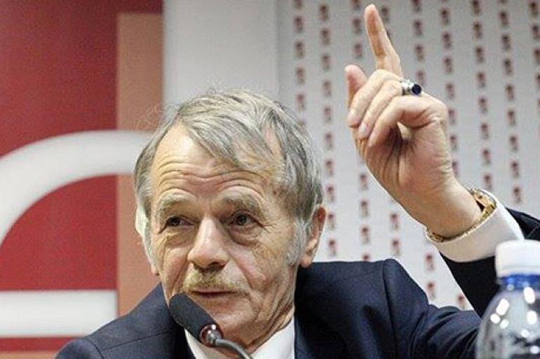 Джемілєв хоче почути від Зеленського, що він думає про статус Криму і переговори з Путіним