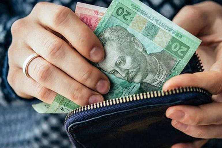 Стало відомо, хто з 1 липня в Україні буде отримувати більшу пенсію