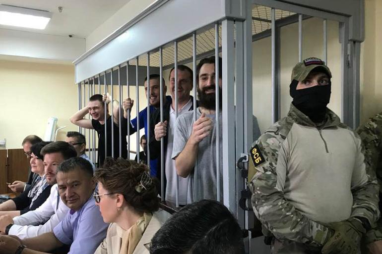 В МЗС РФ передали клопотання про звільнення моряків, – Денисова