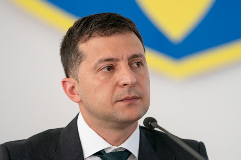 Зеленський спростив отримання громадянства для росіян, які зазнали політичних переслідувань