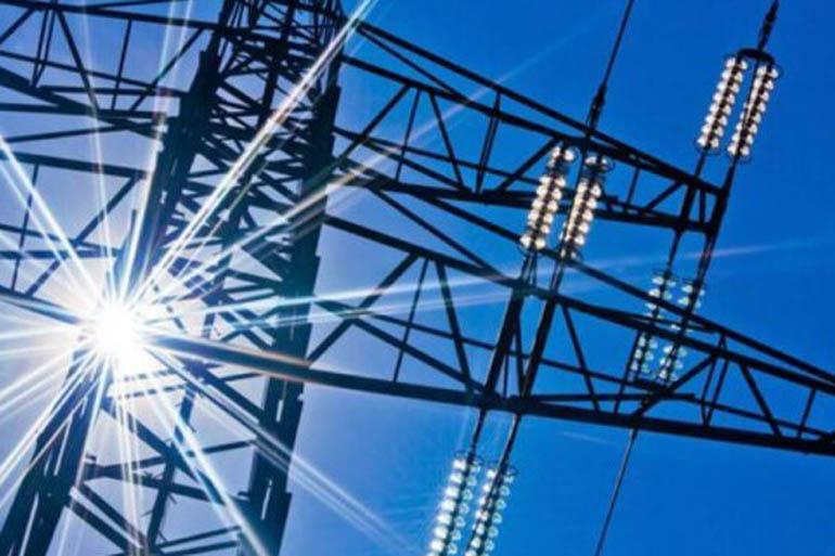 """НКРЕКП вдвічі знизила тариф """"Укренерго"""" на передачу електроенергії"""