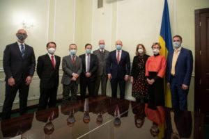 Денис Шмигаль і посли G7